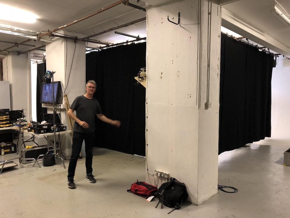 Cross Street Studio - Gaffer Robin Brigham and his amazing blurry arm!