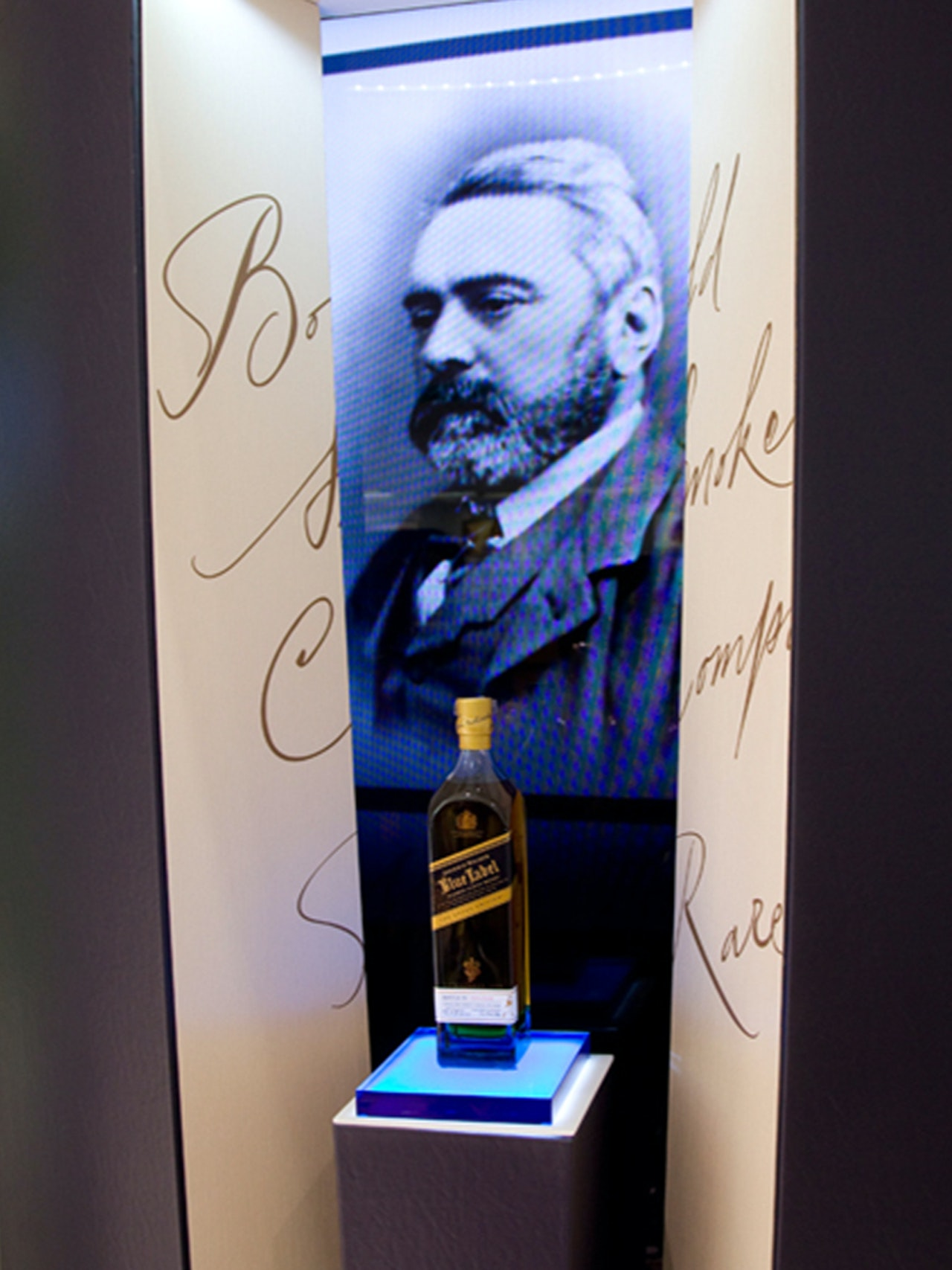 JOHNNIE WALKER BLUE LABEL COLUMN