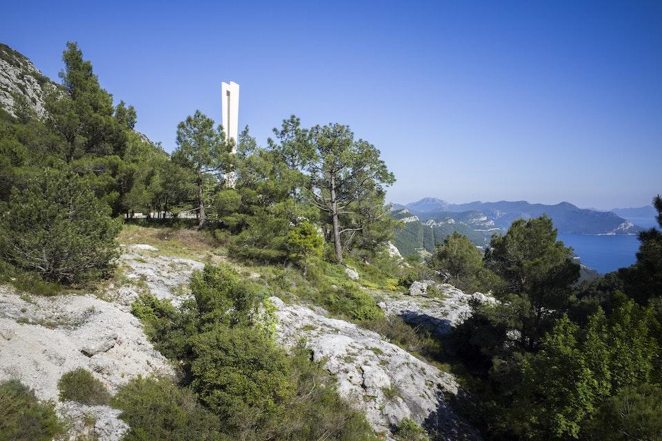 Spomenik in Pijavičino, Croatia