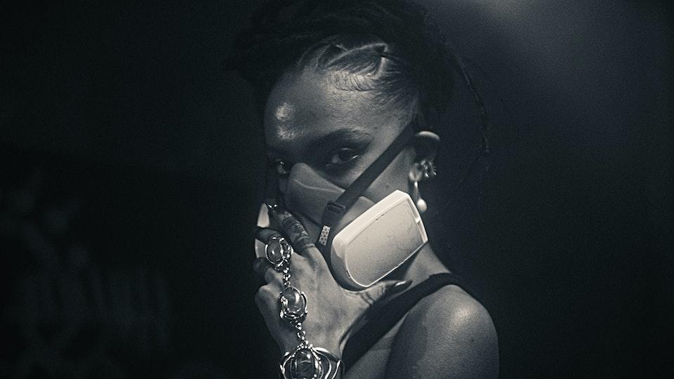 Alewya - Sweating - DIRECTORS CUT.00_06_06_08.Still003