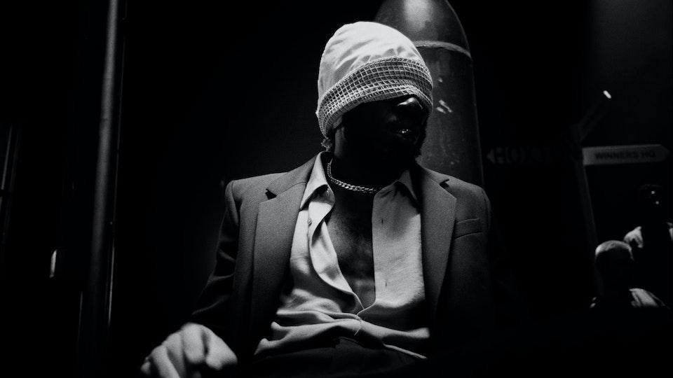 Kojey Radical - War Outside (feat. Lex Amor) - WarOutside_442HQ.00_00_17_06.Still015