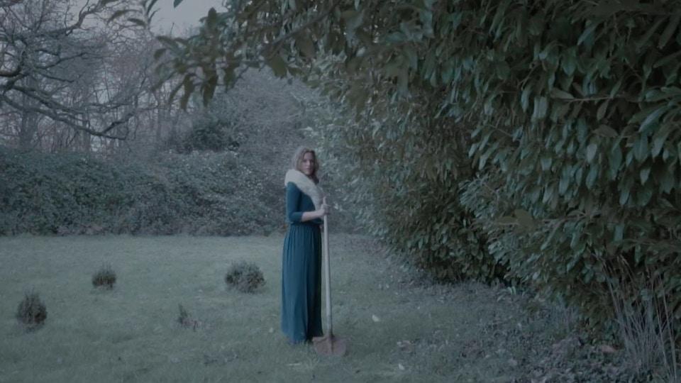 CHARLOTTE SAVARY - Winter - Music Video