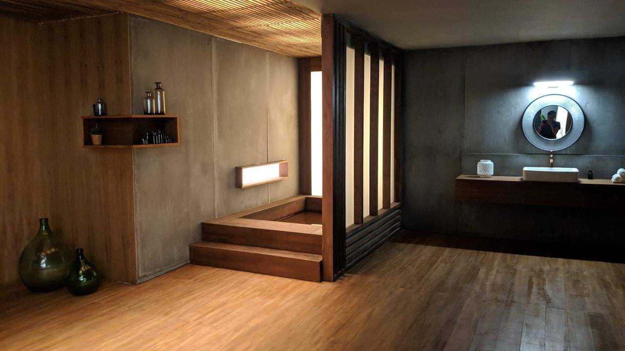 Khos Hotels -