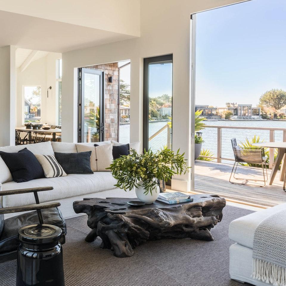 Gena Sigala - Prop Stylist & Set Designer Friedman_Livingroom-0044-HDR (1)