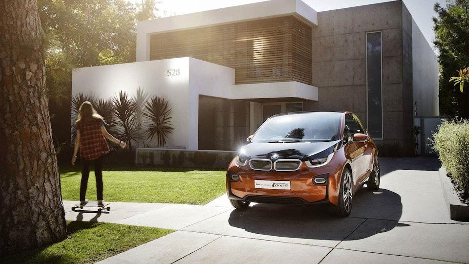 Hi, I'm Roger - BMW i3