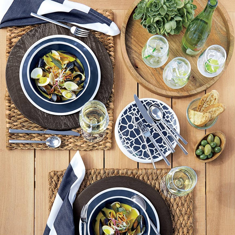Crate&Barrel - Pages-from-crate-barrel-april-catalog-cover