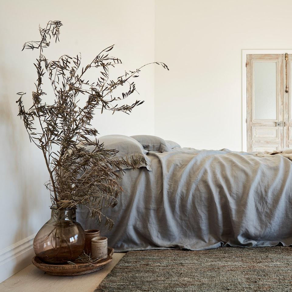 Gena Sigala - Prop Stylist & Set Designer Armadillo_Rugs_LatitudeCollection_DesertKnot_Quarry_InSitu_001a