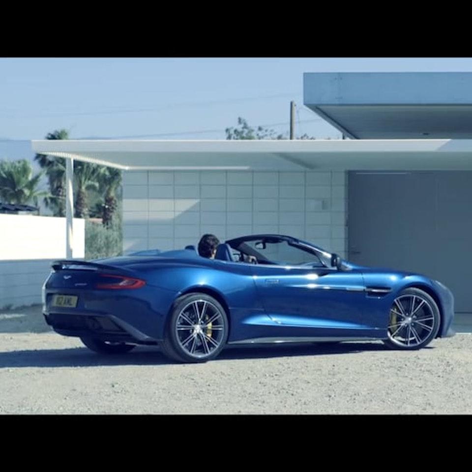 Motion Aston Martin Vanquish Volante