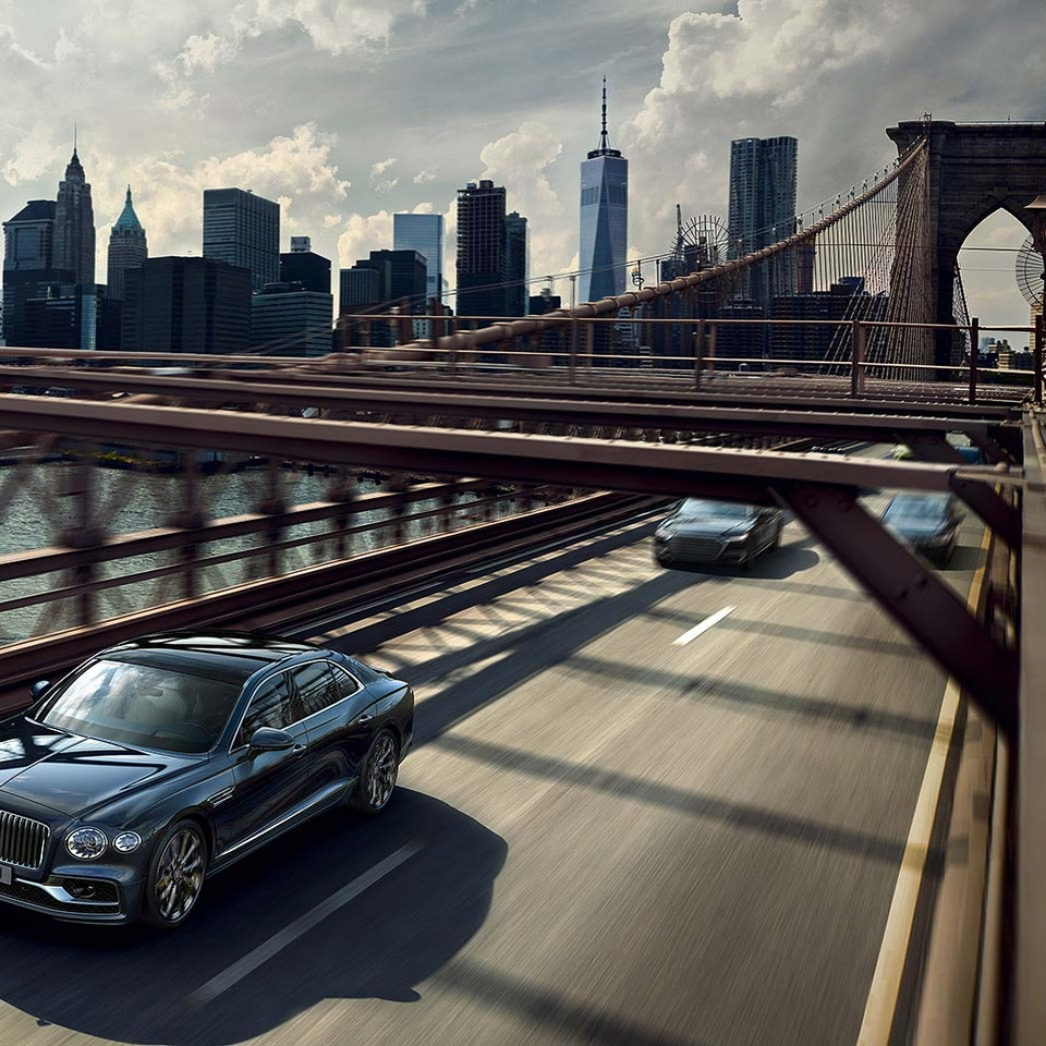 Bentley Motors - The New Flying Spur new-flying-spur-customer-book_HIR2-2a
