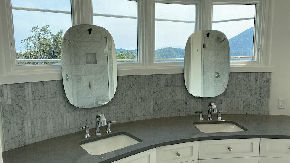 Radius Bathroom 3