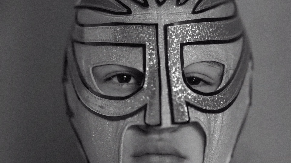 SHORT FILM, Lucha
