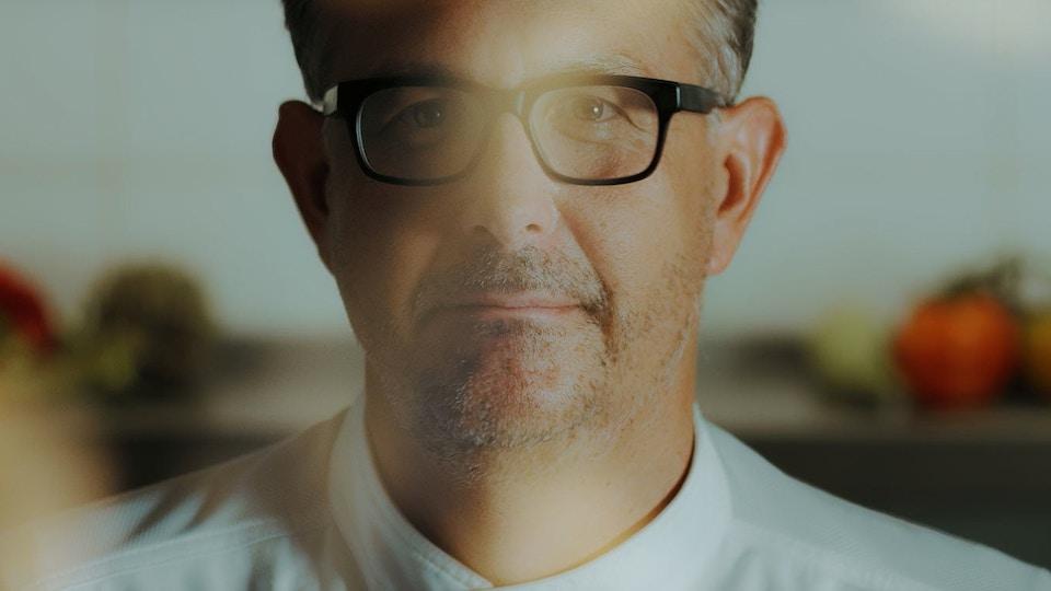 SERIES, Perspectiva UDEM: Diálogos con Guillermo González Beristáin
