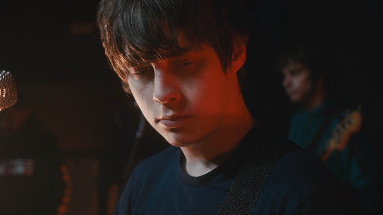 DOCUMENTARY_JAKE_BUGG_LIVE_ACROSS_THE_LOWLANDS_02