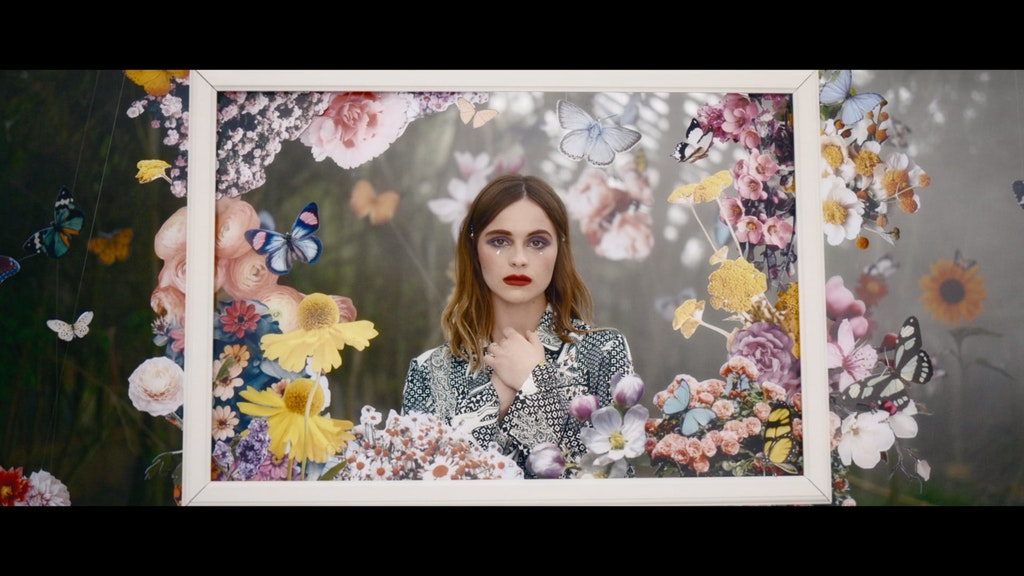 Gabrielle Aplin - Nothing Really Matters