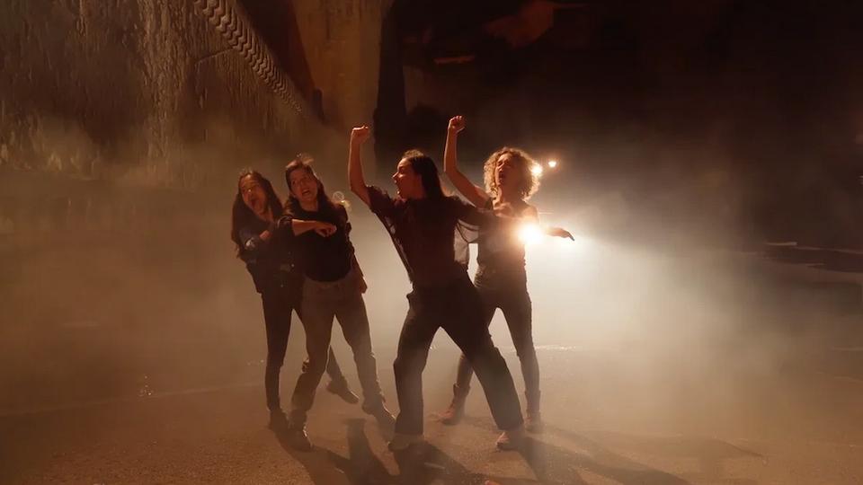 Joanne Leighton et ses danseuses.