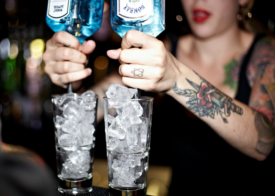 Lifestyle - Bombay Sapphire - Photographed as part of drinks campaign with Cubo PR