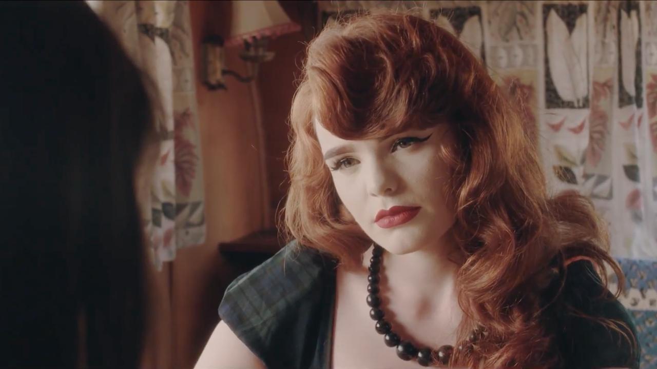 Miss Vincent - Melanie -