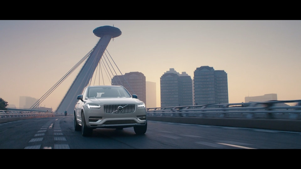VOLVO - XC90 'Drive The Future' - Silver Birch