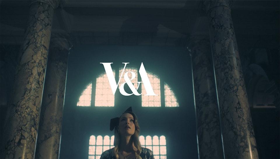 V&A_Alice in Wonderland -