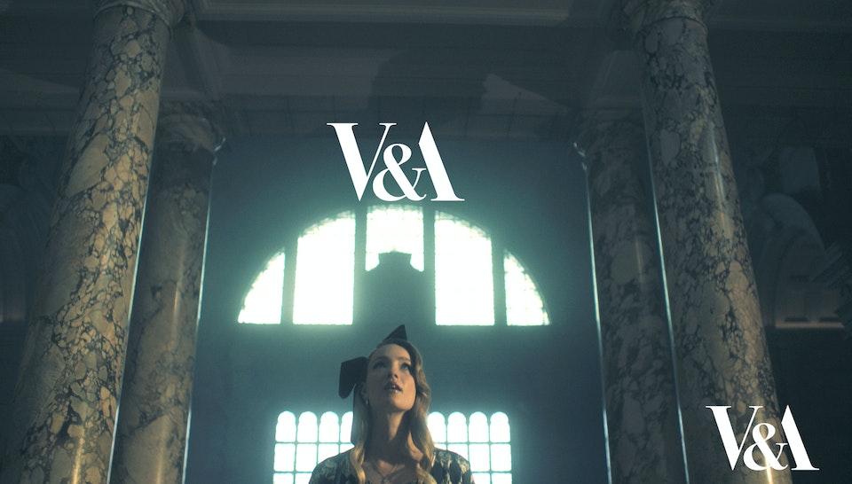 V&A_Alice in Wonderland
