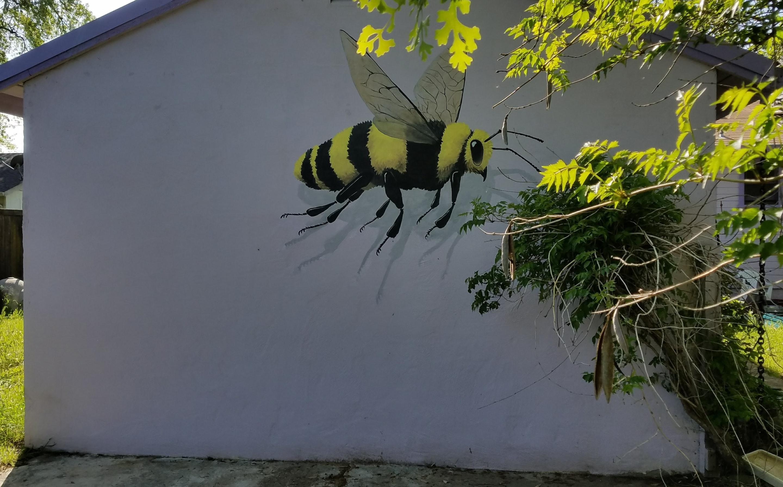 Working Artist Decorating - Garage Bee