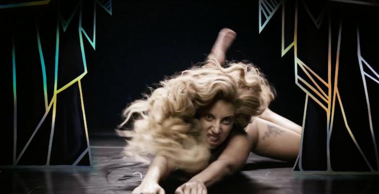 Lady Gaga     'Applause'