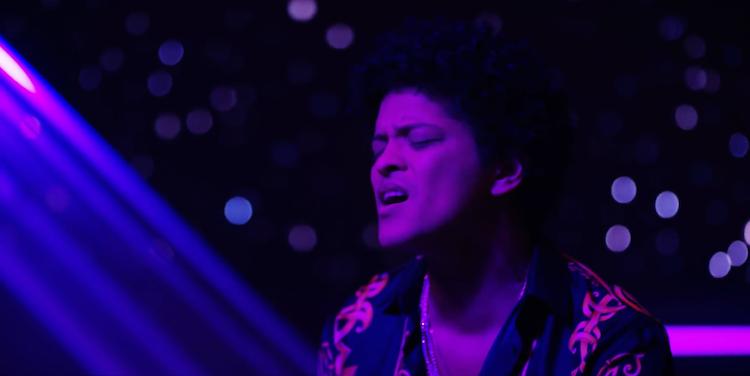 Bruno Mars   'Versace on the Floor'