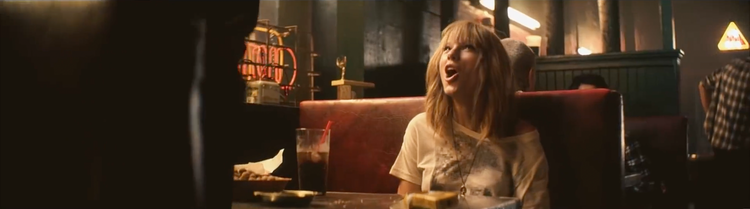 """Taylor Swift  """"I Knew You Were Trouble"""""""