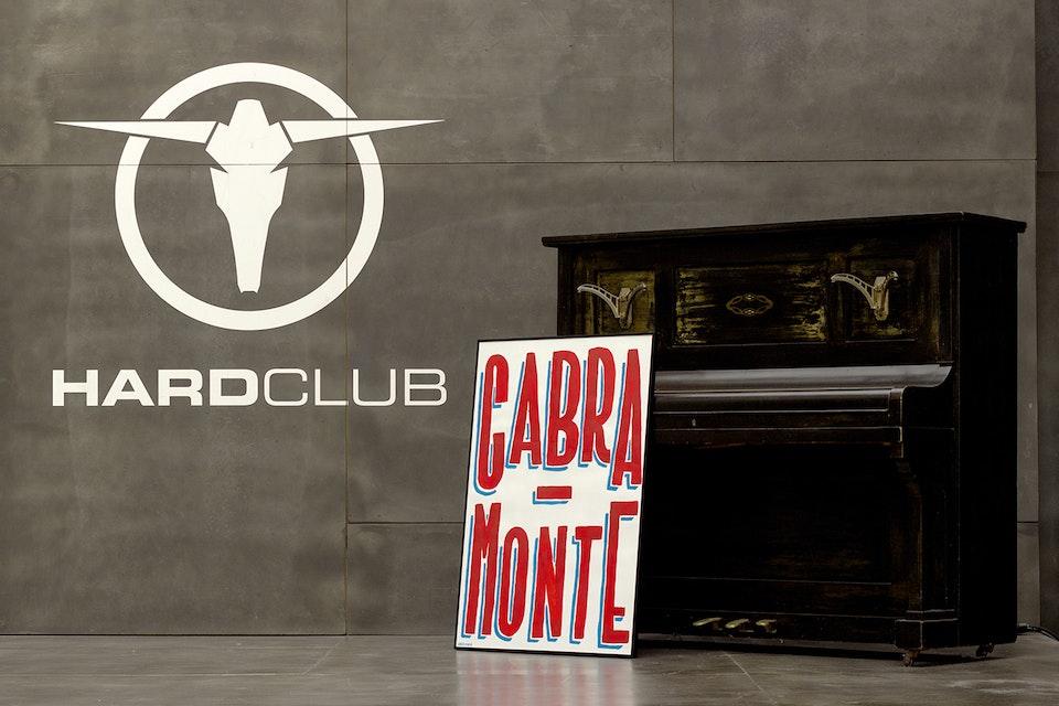 "Oliveira Marco ""70x100"" no Hard Club"