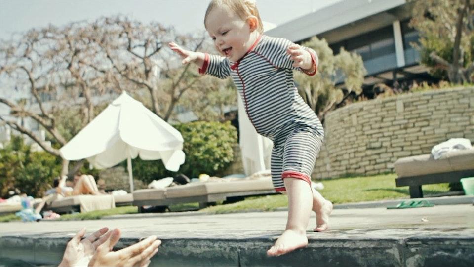 Molly - Little Swimmer (Family Film)