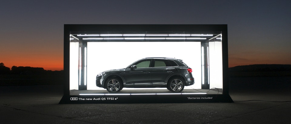 Audi Q5 - Batteries Included