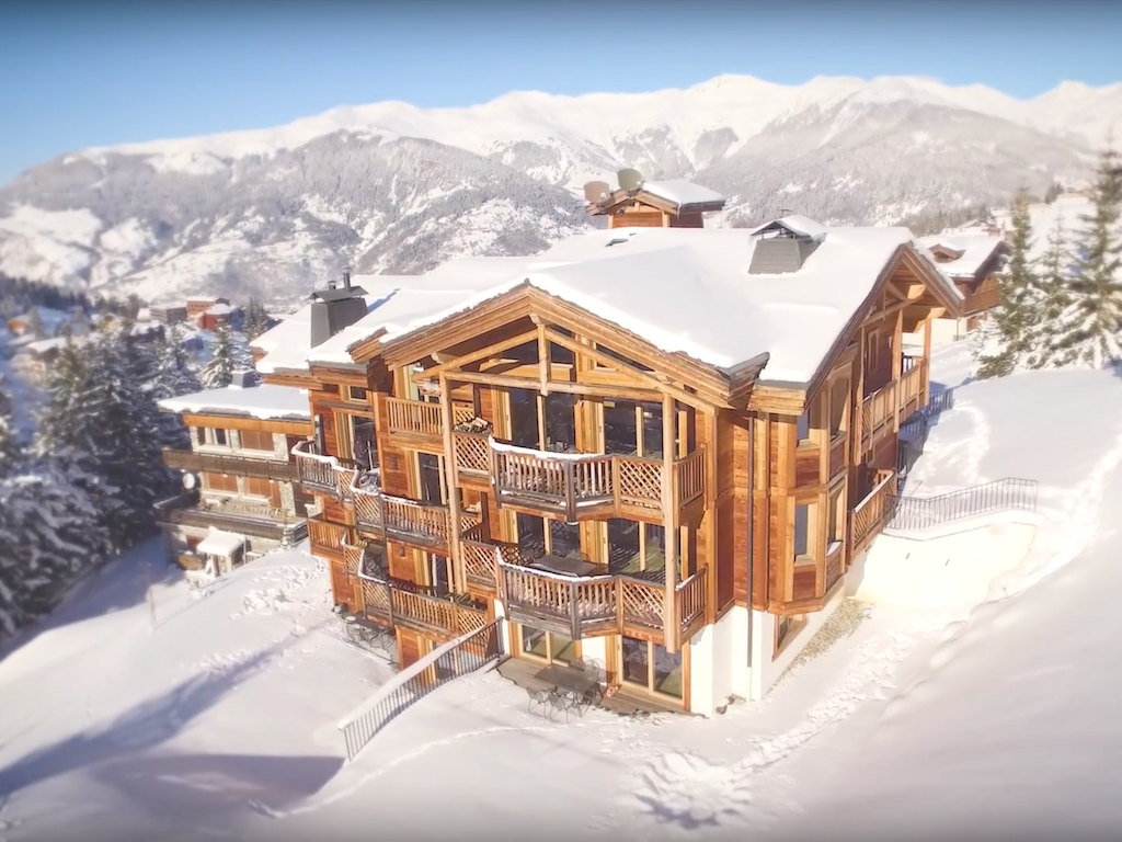 Le Ski Chalet Walkthroughs