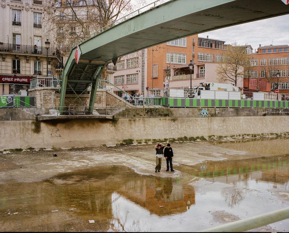 LES COULEURS - Canal Saint Martin, Paris