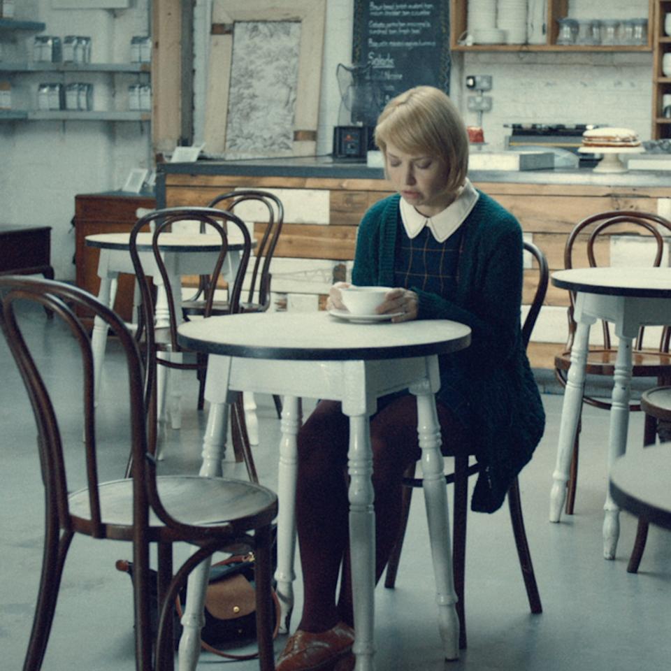 Lemsip - Cafe - Lemsip Still 02 A