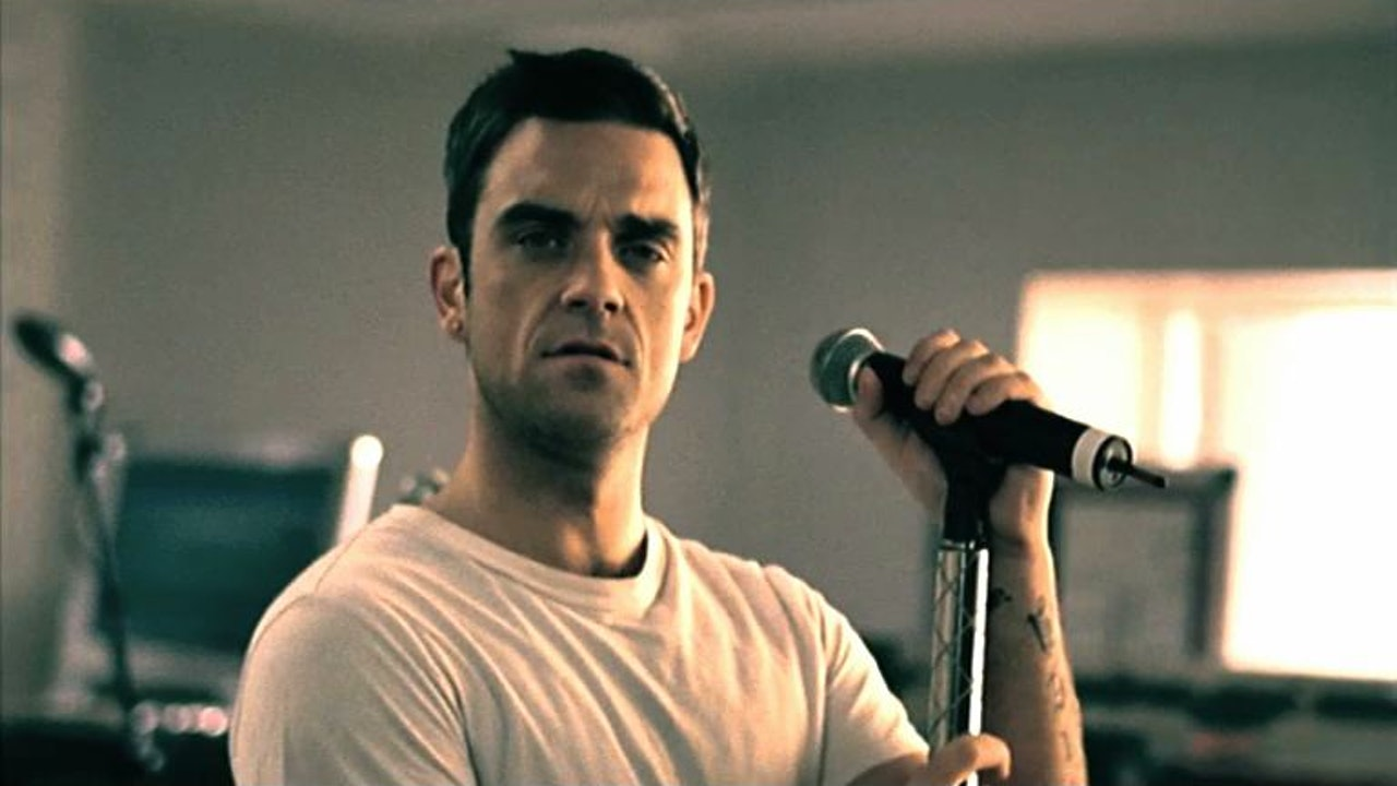 Robbie Williams 'Pure' 4