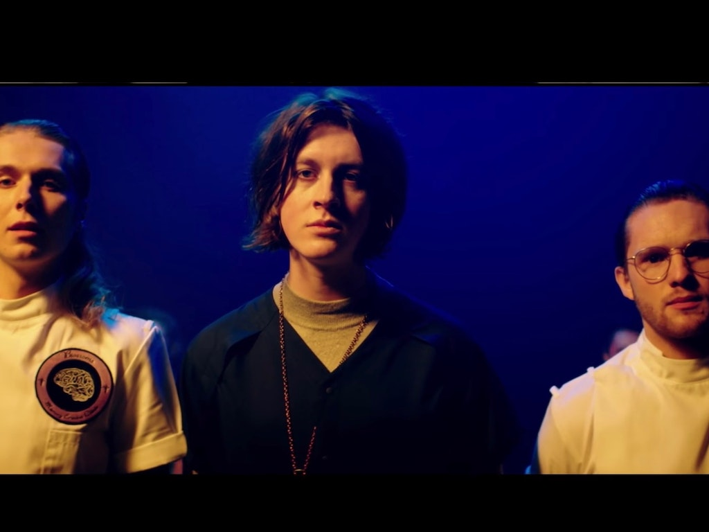 "Blossoms ""I Can't Stand It"""