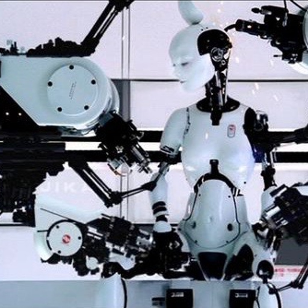 Bjork - Directed by Chris Cunningham                        (Black Dog Films)