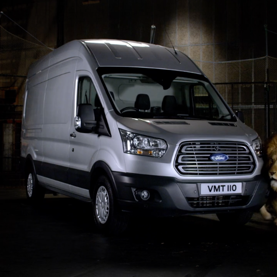 KIT LYNCH-ROBINSON - Ford Transit 'Messy Eaters'