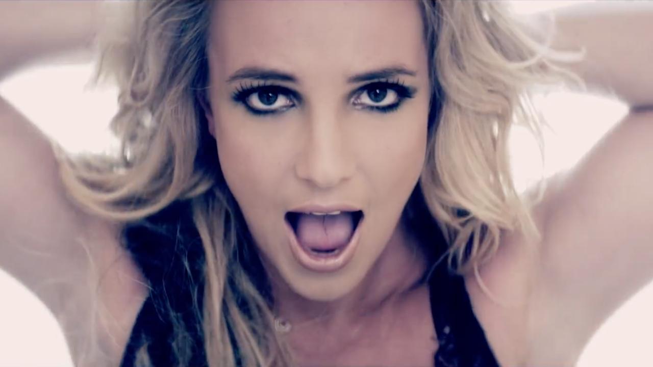"Britney Spears ""Criminal"""