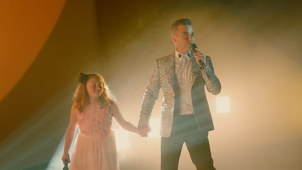 Lovely job I worked on for MasterCard with a big surprise for a fan of Robbie Williams!