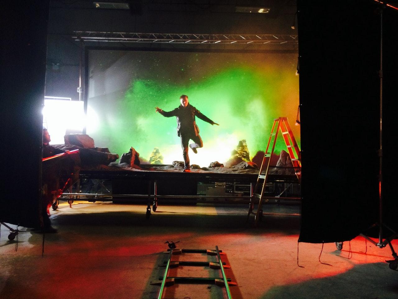 BEHIND THE SCENES: Metronomy 'Aquarius' by Director:  Edouard Salier