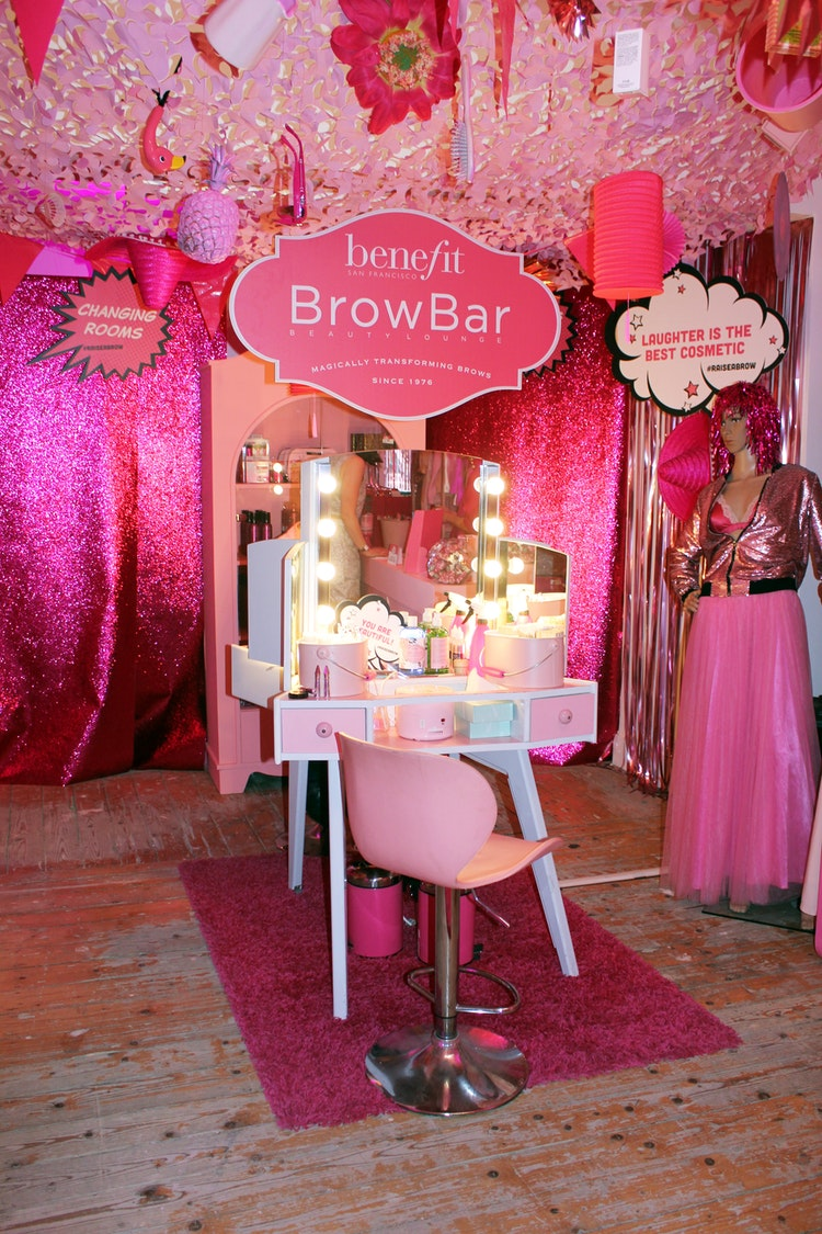 BENEFIT RAISE A BROW CHARITY SHOP LAUNCH