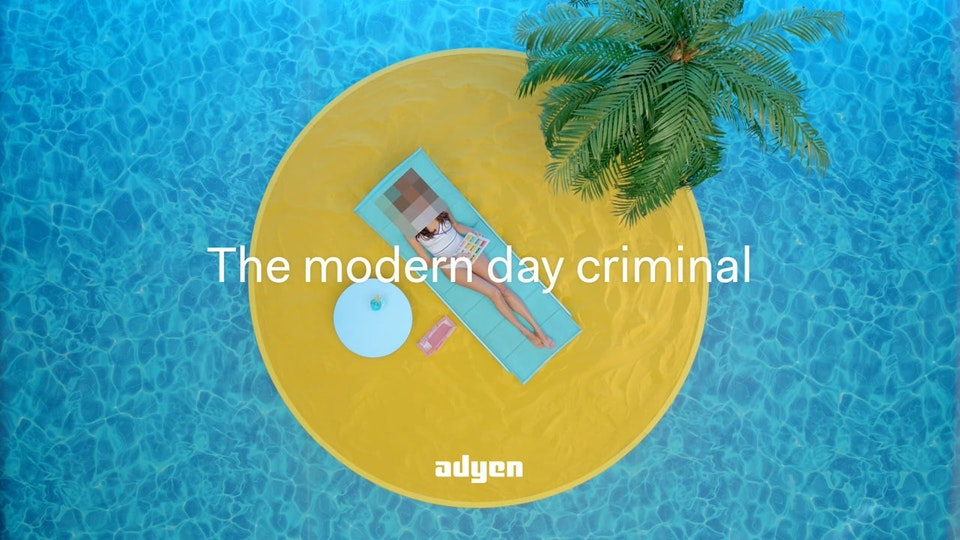 Adyen 7x Adyen // Criminal