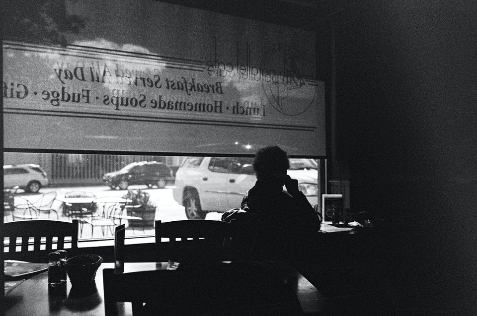 Website graded-33 - Michigan cafe. 35mm Tmax 400.