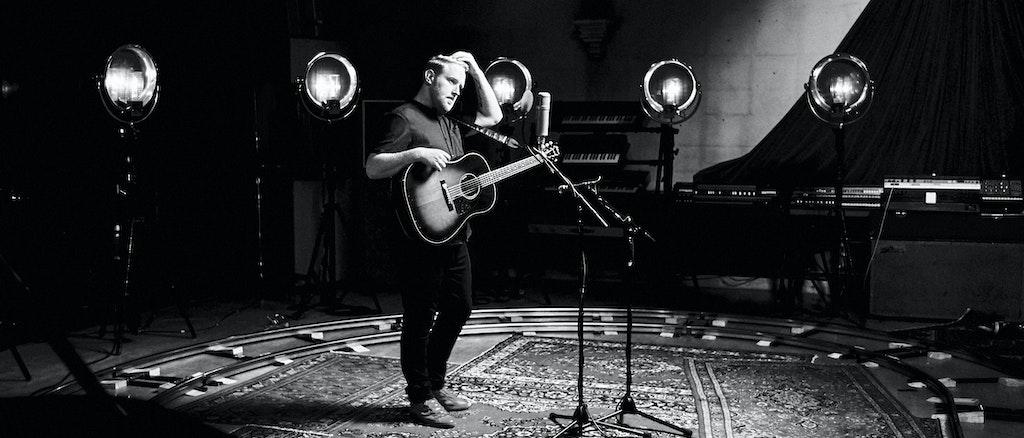 Gavin James - Nervous [Live]