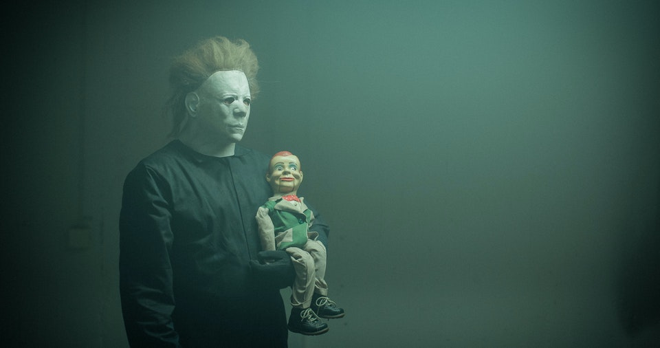 Michael Myers & puppet pal hanging out on Elmsta 3000 set with Robert Jitzmark.
