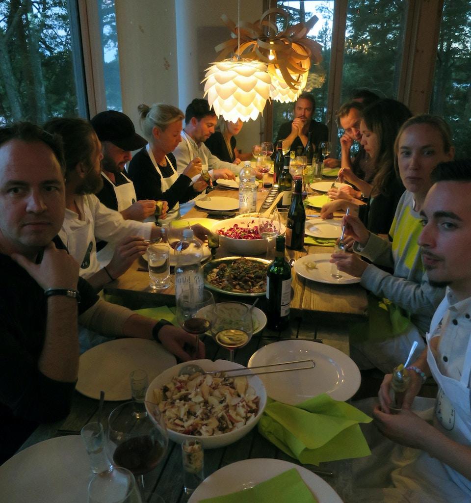 Dinner is served! Camp David Värmdö Pop Up Office