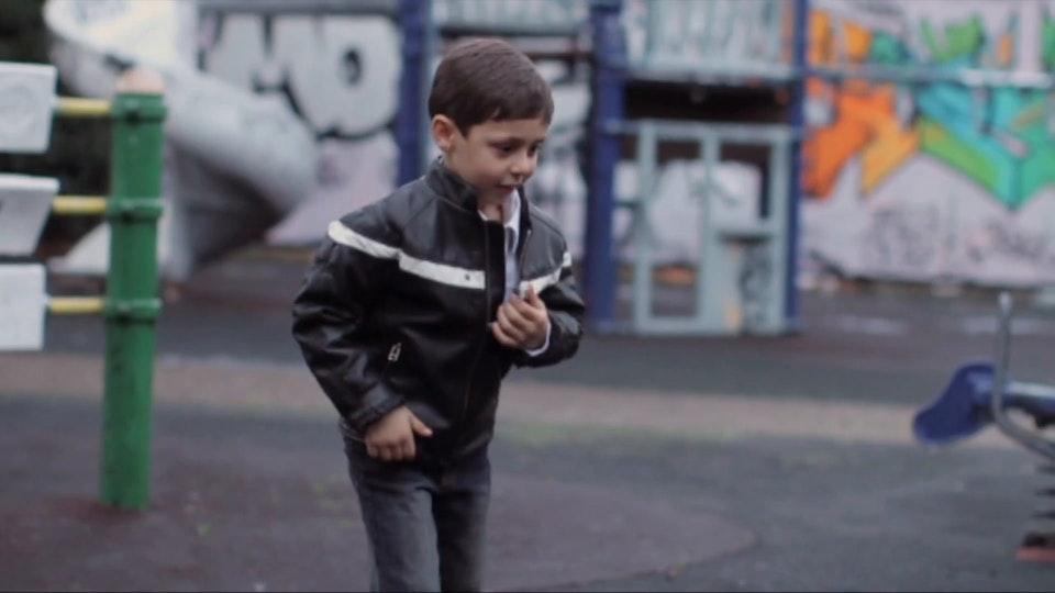 smarties   documentary campaign smarties blue webisode