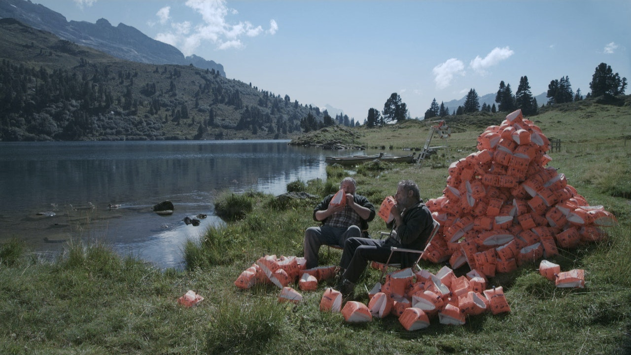 SWITZERLAND TOURISM - Summer Holiday -