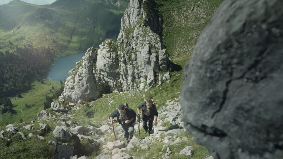 SWITZERLAND TOURISM - Traces